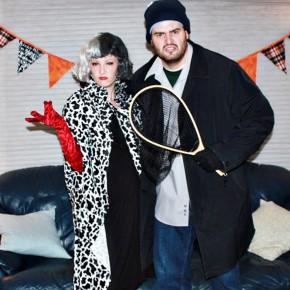 Vote for your favorite Halloween couples costumes!