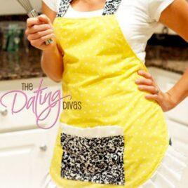 A darling flirty apron tutorial that is super easy!