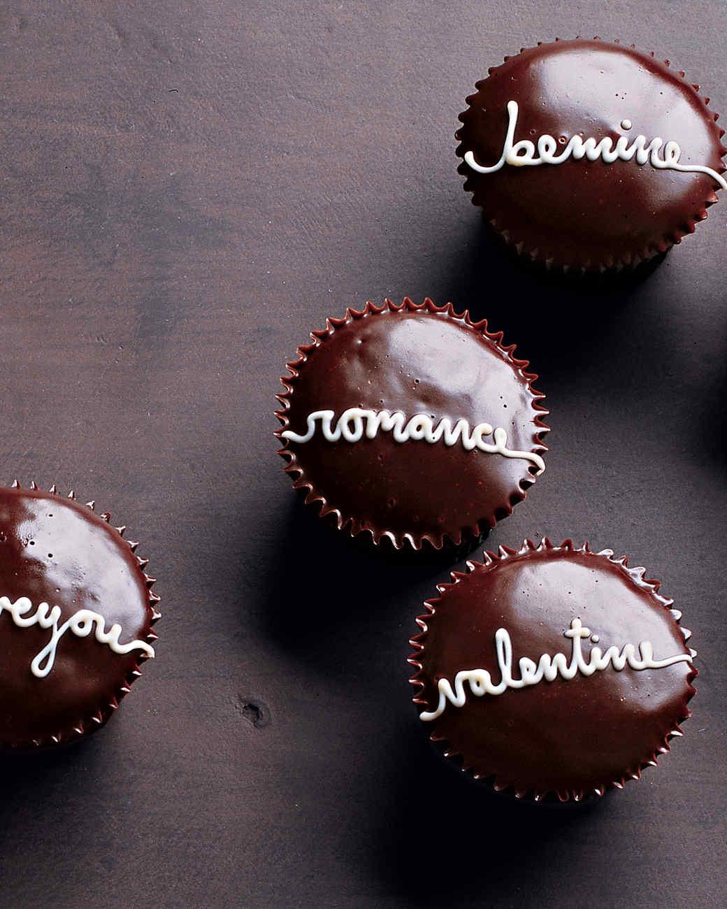 Anniversary-Food-Word-Cupcake