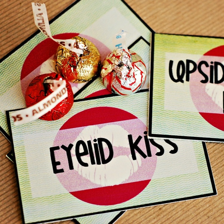 Merry Kiss-mas 12 Free Christmas Printables - I Heart