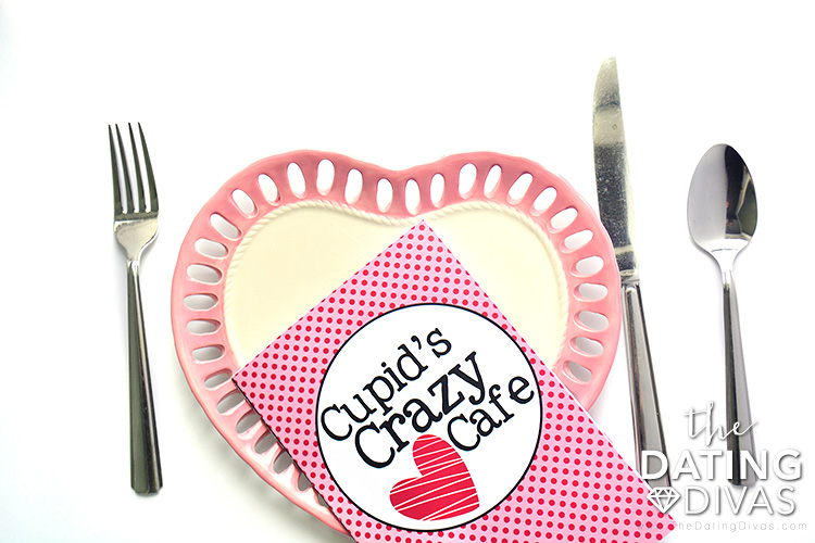 Free printables for your family V-day dinner.