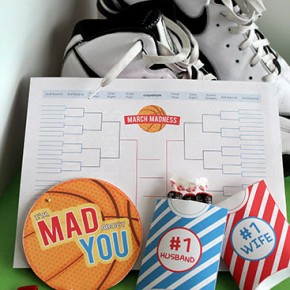 Julie-March-Madness-Pinterest-WebLogo