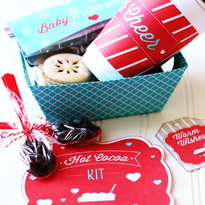 50 Sweet Christmas Gift Ideas for Neighbors - For Creative Juice