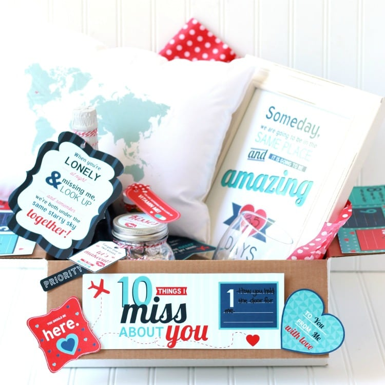 Christmas Gift Ideas For Long Distance Boyfriend: Long Distance Relationship Love Kit