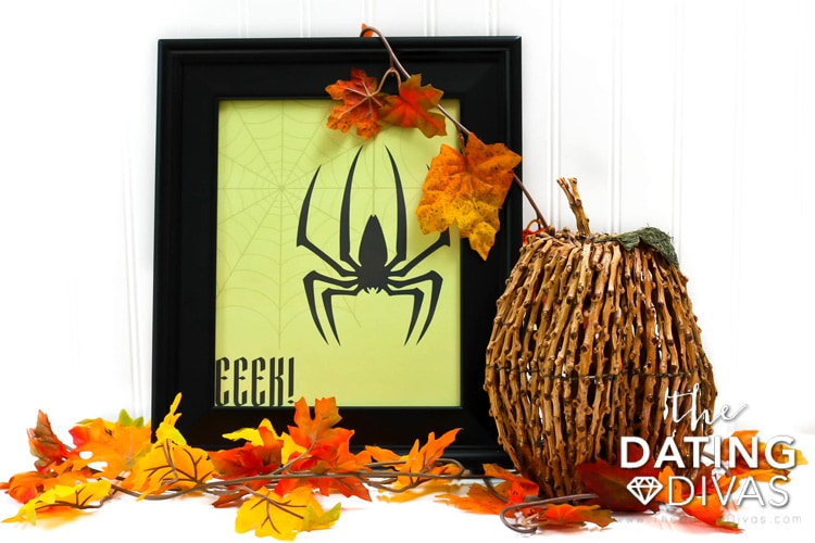 Printable Halloween Spider Decor