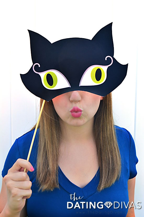 Black Cat photo booth props for Halloween.
