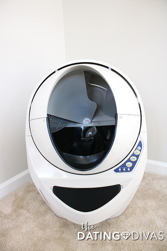 Litter-Robot Litter Box for Cat Owners