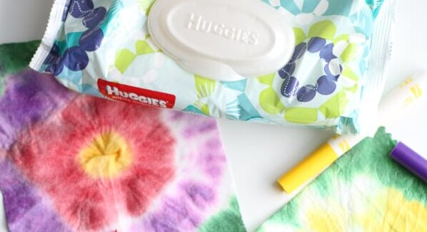 No Mess Tie-Dye Wipe Activity for Little Kids | The Dating Divas