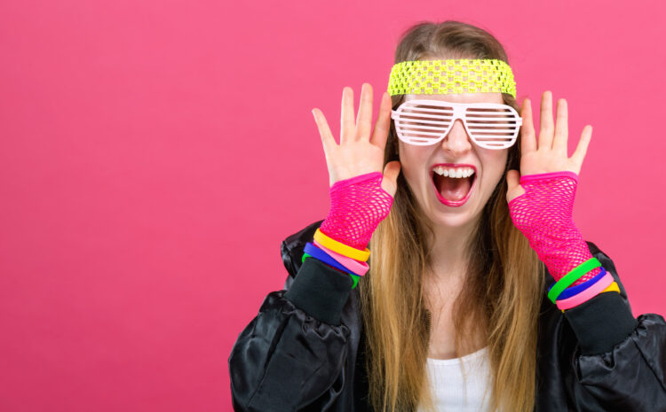 Girls-Night-In-80s-Party-Theme