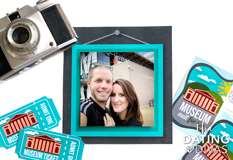 A printable photo frame to keep your memories.