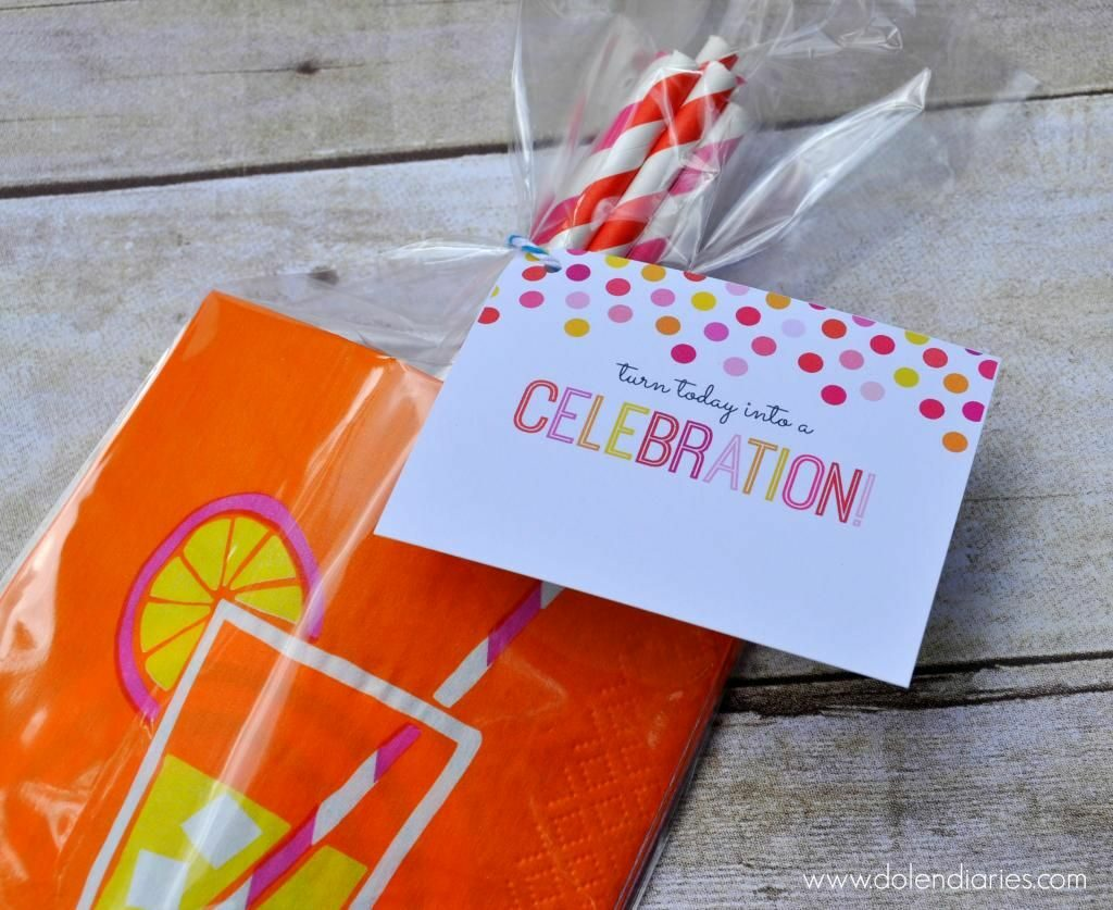 Straw and Napkin Creative Birthday Gift