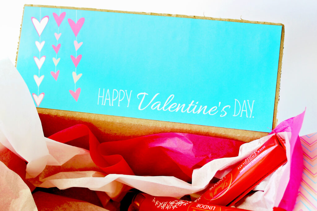 Free Valentine Gift Tags and Boxes