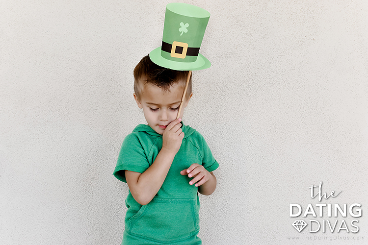 Free leprechaun picture props and printables