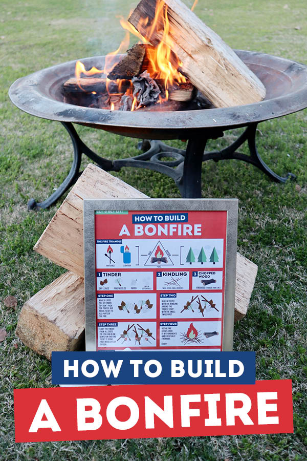 This bonfire date is so cute and fun! I can't wait to do this with my friends and family! #bonfire #bonfiregroupdate #smoresbar