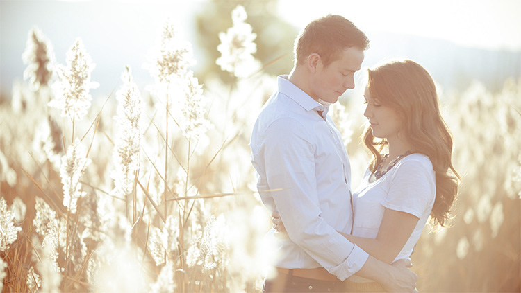 Stand with arms around each others' waists for this couple picture idea. | The Dating Divas