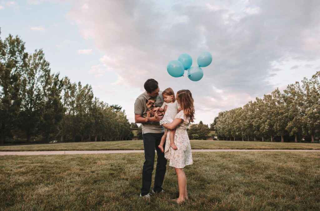 Balloon Gender Reveal Ideas for Families | The Dating Divas