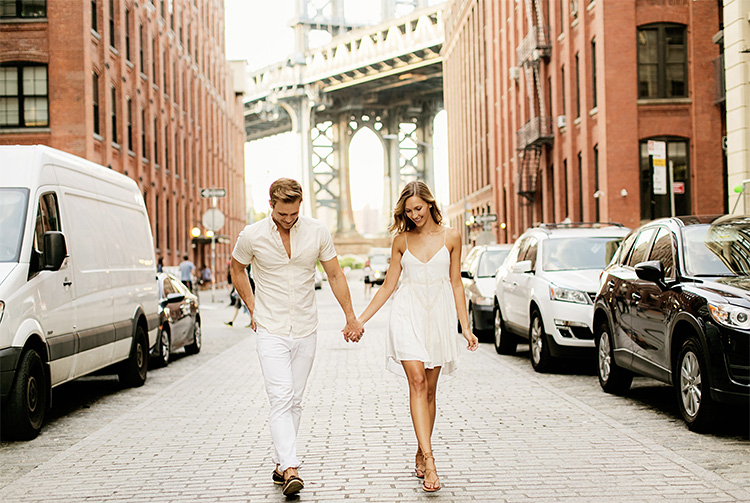 Visit a city for a striking couple pose location. | The Dating Divas