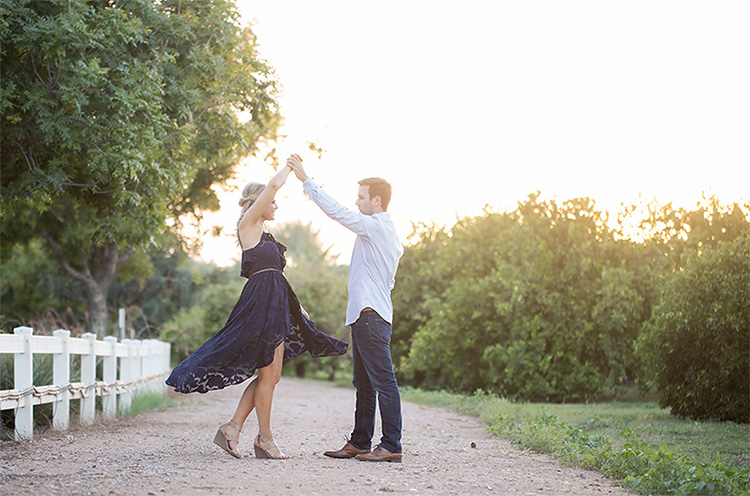 Dance your way into some cute couple poses. | The Dating Divas