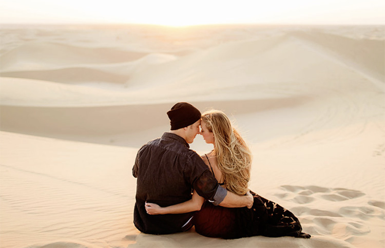 Visit the desert for cute couple pictures. | The Dating Divas