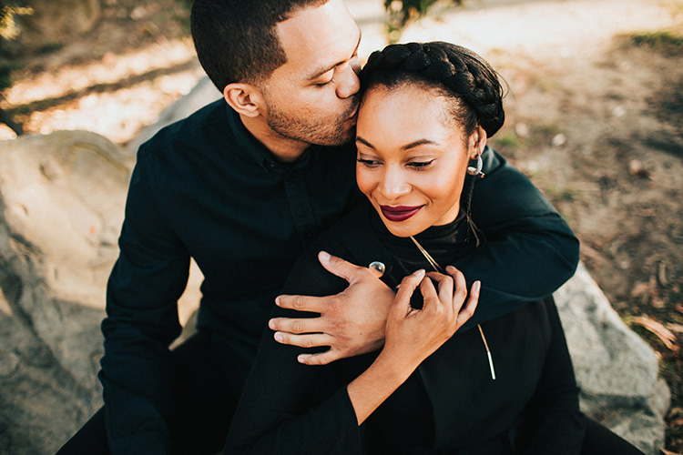 Kiss the top of the head for a cute couples pose. | The Dating Divas