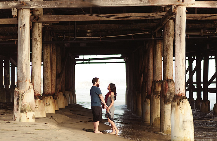 Piers or harbors are adorable locations. | The Dating Divas