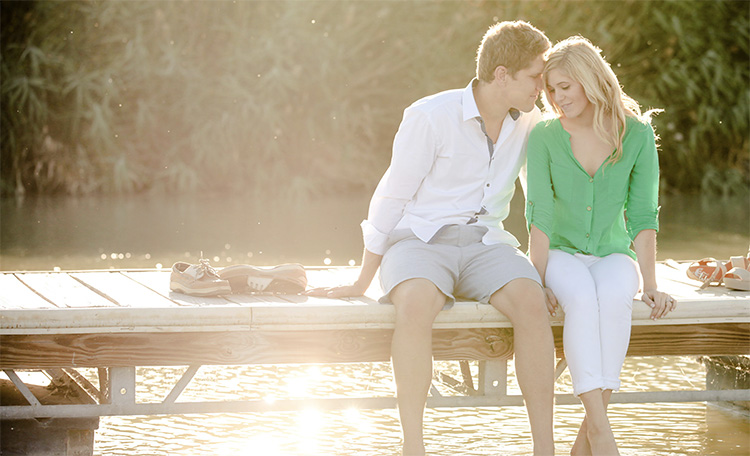 Pictures at the lake are great for couple picture ideas. | The Dating Divas