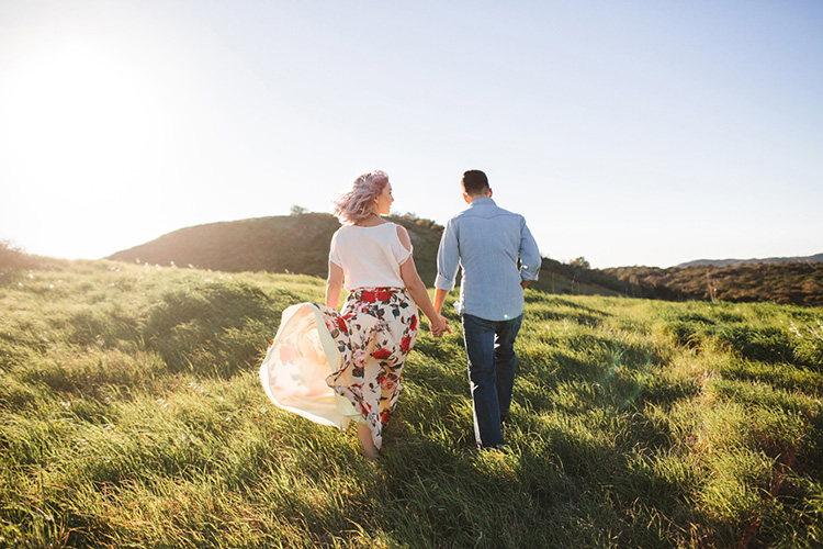 Get the shot from behind with this couples pose of a couple walking away. | The Dating Divas