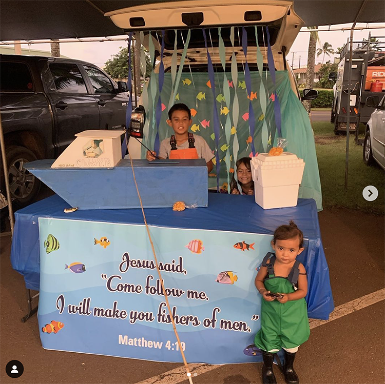 "A trunk decorated with an under the sea theme. A sign quotes the scripture in Matthew in the Bible that says ""I will make you fishers of men"". This is an easy trunk or treat theme for church! 
