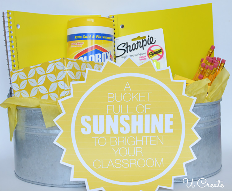 Brighten a teacher's day and classroom with this yellow teacher appreciation idea. | The Dating Divas