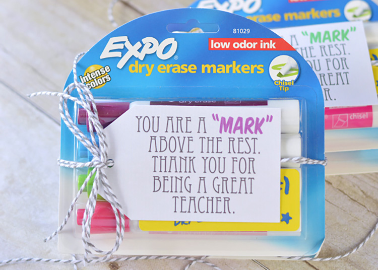 Expo markers make a great teacher appreciation gift. | The Dating Divas