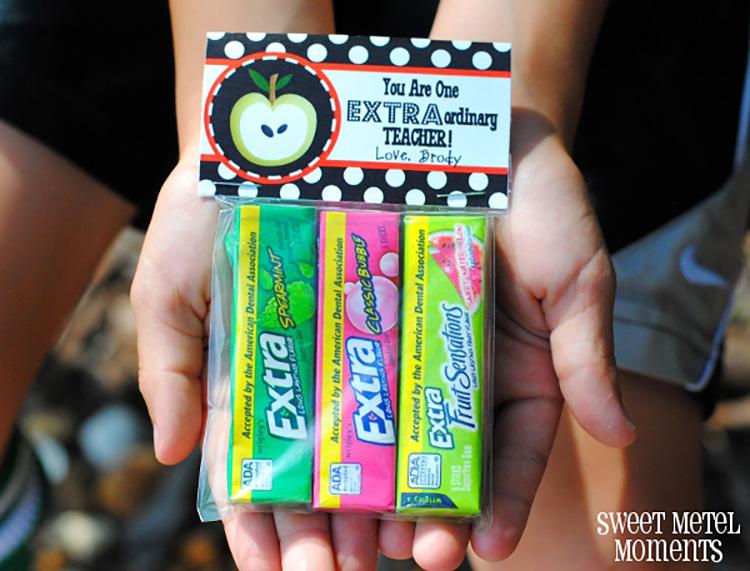 Extraordinary teachers deserve fun gifts like this gum themed appreciation idea. | The Dating Divas