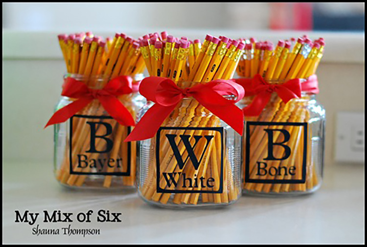 Vinyl monogram pencil jars are a great teacher appreciation idea. | The Dating Divas