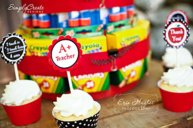 Practical teacher gifts are always supplies! Give a school supply cake! | The Dating Divas