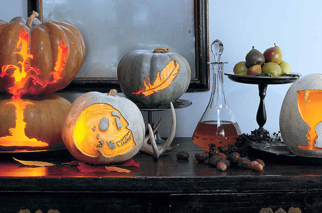 Pretty pumpkin patterns and ideas for decoration during Halloween. | The Dating Divas