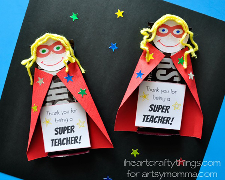 Give a sweet treat and some thanks with these teacher appreciation idea. | The Dating Divas