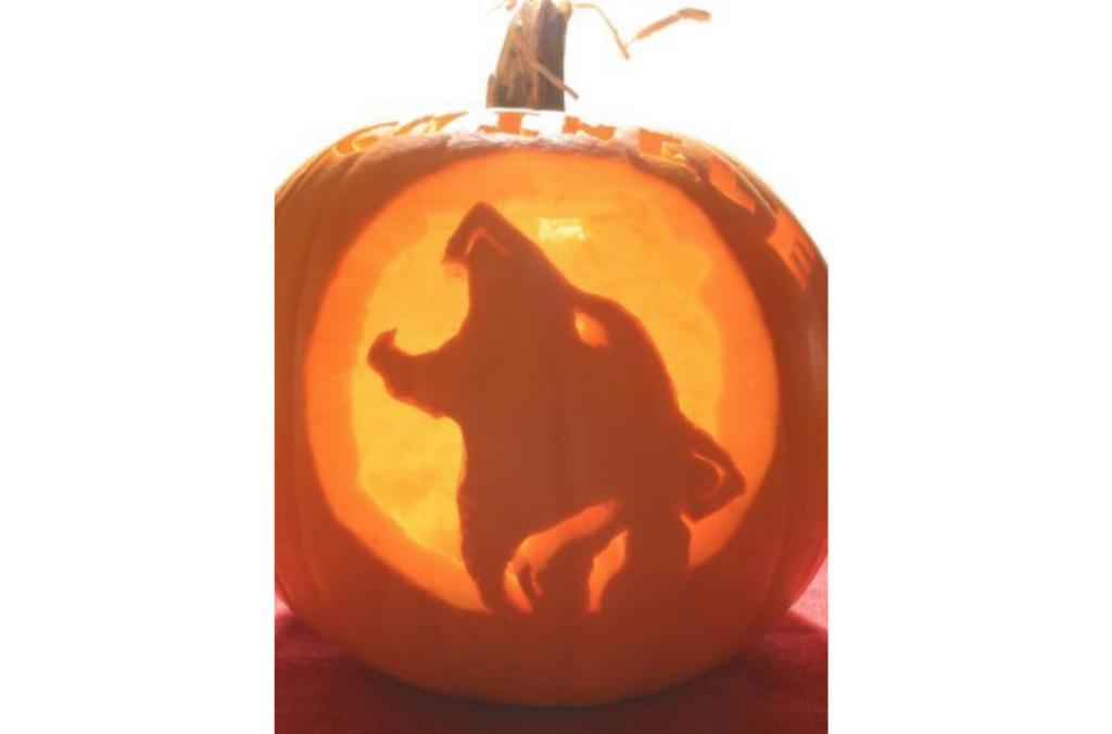Wolf and werewolf pumpkin pattern for pumpkin carving. | The Dating Divas