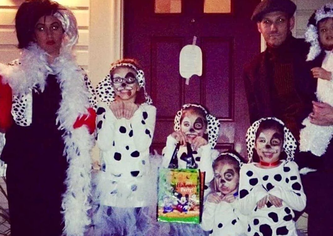 101 Dalmatians costume idea for 2020. | The Dating Divas