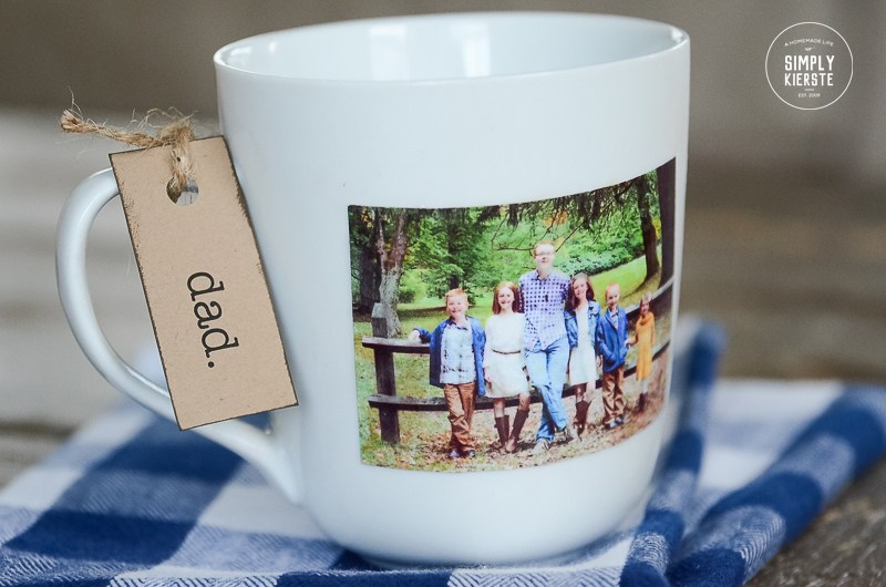 DIY photo mugs that are perfect for gifts. | The Dating Divas