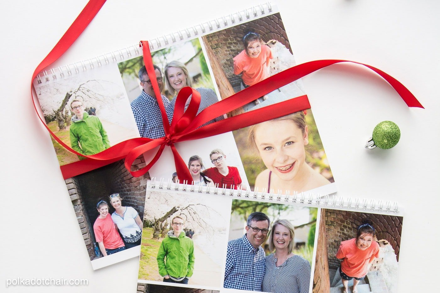 Photo calendar gift that is perfect for friends and family. | The Dating Divas