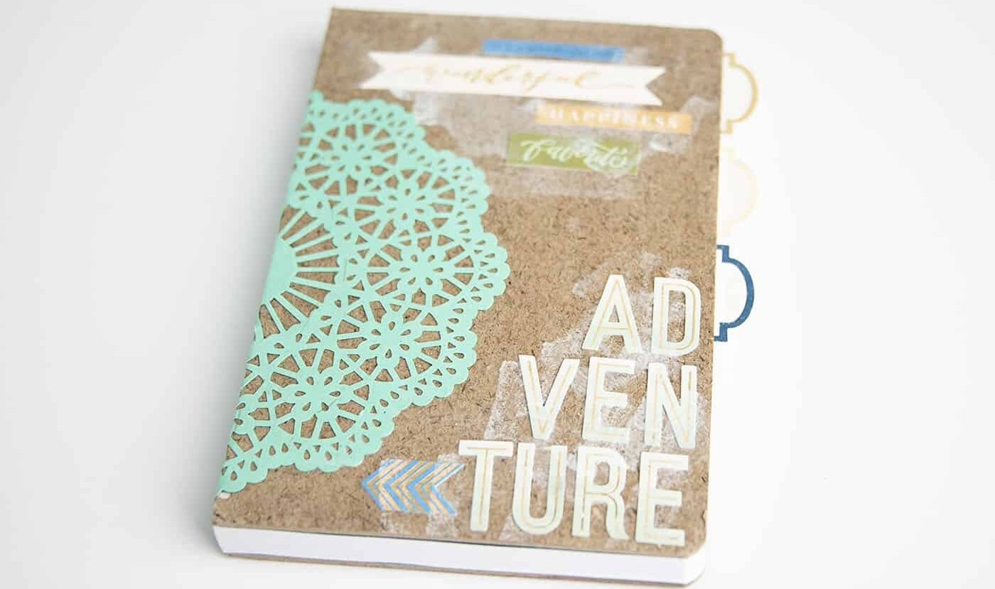 DIY adventure notebook that is perfect for grads | The Dating Divas