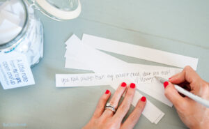 Sweet note ideas that are perfect for grads. | The Dating Divas