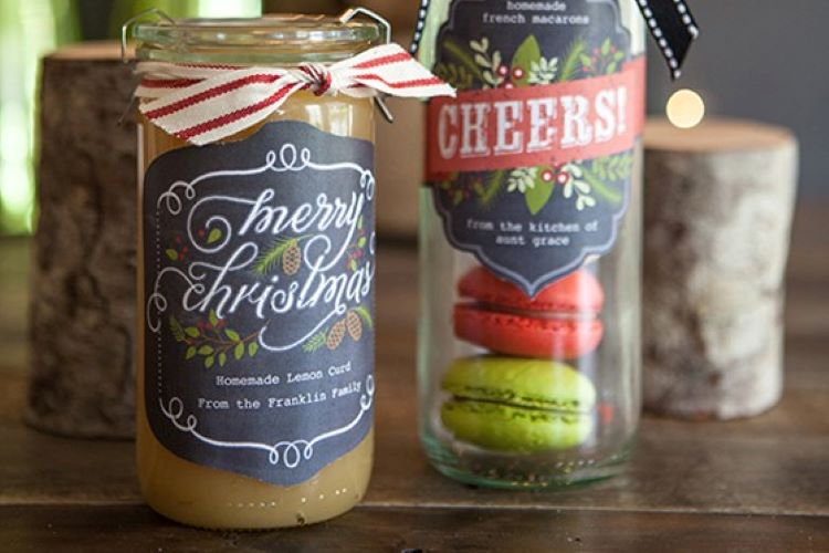 Food label printables that are attached to some Christmas goodies | The Dating Divas
