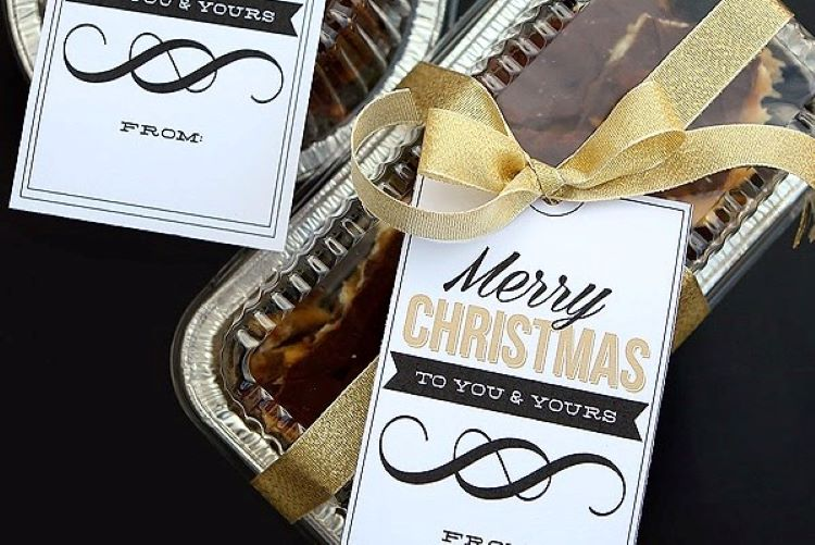 A beautiful Christmas gift tag printable that's tied to some baked goods | The Dating Divas
