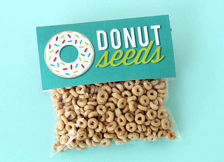 """Ziplock bag full of Cheerios labeled """"Donut Seeds"""" for a cheap Christmas gag gift idea 