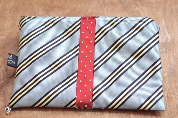 A necktie pouch for personal belongings   The Dating Divas