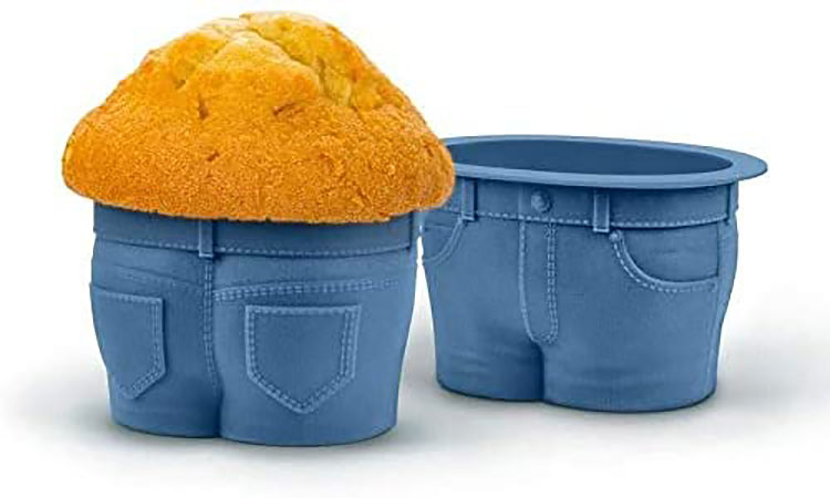 Cups for baking muffins that look like jeans - a funny white elephant gift | The Dating Divas