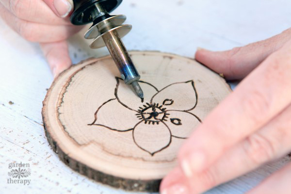 Wood coaster gift idea for him - The Dating Divas