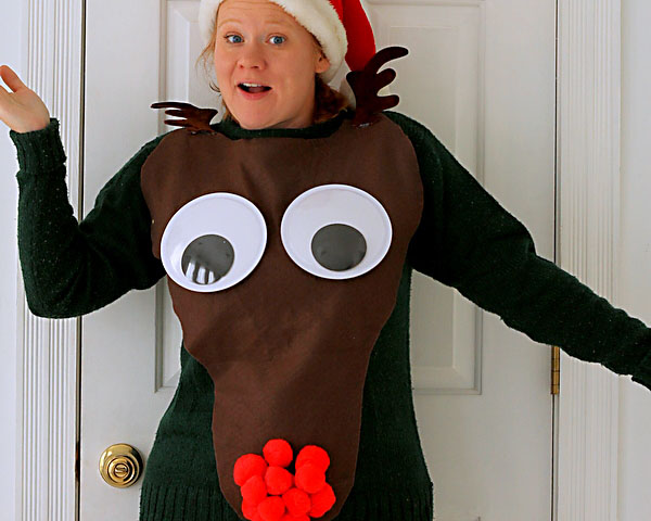 Giant Reindeer Face on an Ugly Christmas Sweater | The Dating Divas