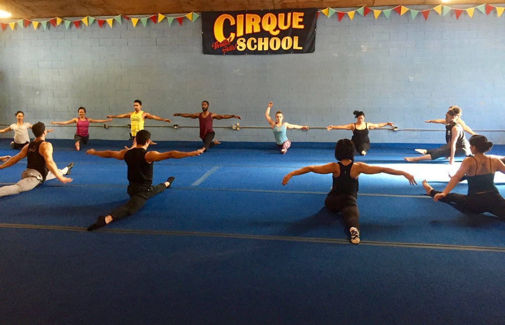 Cirque classes that are perfect for active couples. | The Dating Diva