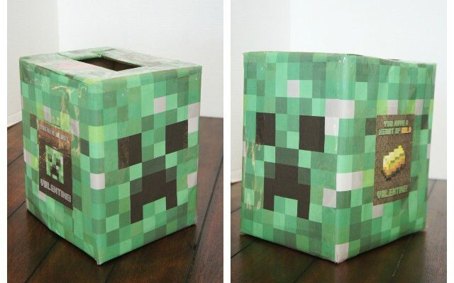 Green Minecraft box for Valentine's Day cards | The Dating Divas